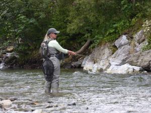 Abenteuer Fischwasser Fischerin des Jahres  in Aktion